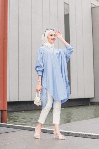 Lena Long Top In Sky Blue