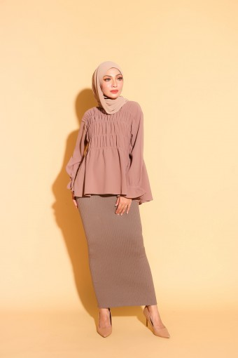 Gabby Top In Brown