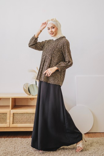 Herlina Top In Black